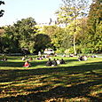 Lunchtime at the parc Monceau