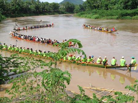 Boat_races_nam_khan